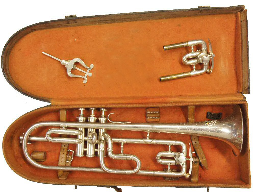 Charles Mahillon Hollebeke Model Long Cornet Case