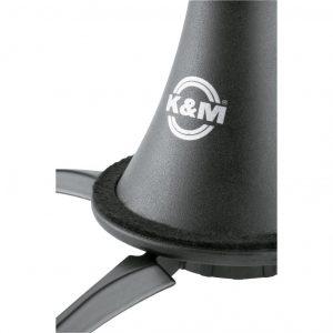 K & M clarinet stand